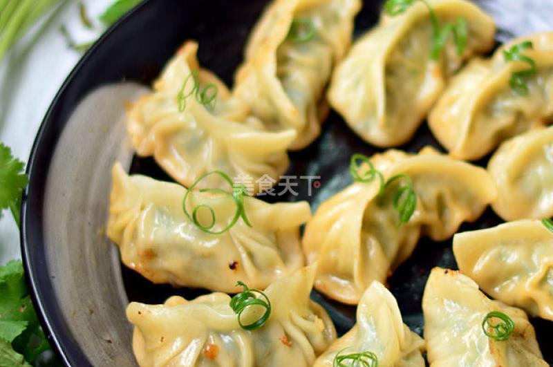 韭菜鲜肉饺的做法